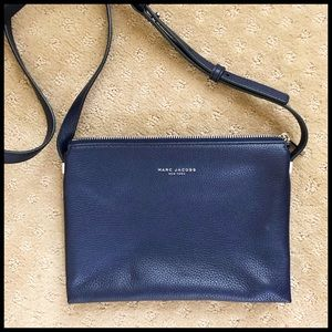 Marc Jacobs Crossbody Bag in Perfect Navy Leather.